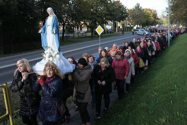 Poland Rosary crusade